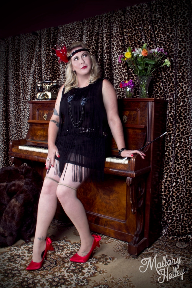 Mallory Holley Photography victorian cared piano 1920s flapper inspired photo