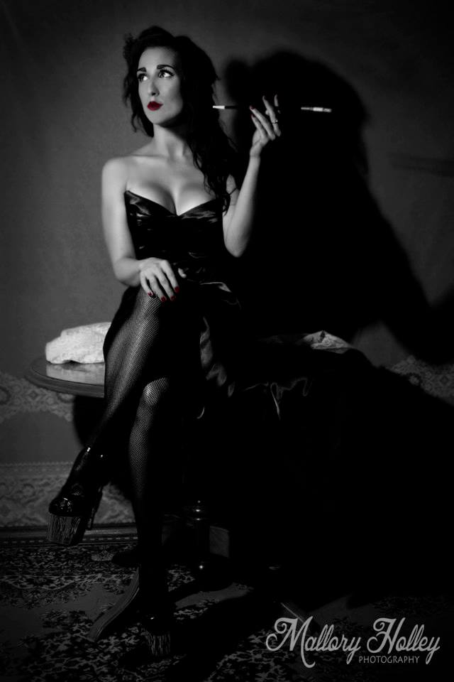 Mallory Holley Studios Film Noir Photoshoot Femme Fatale Vivien of Holloway