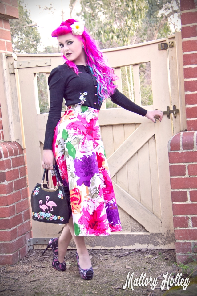 Printed pinup skirt by Dress Me Gorgeous and Banned bag_0623