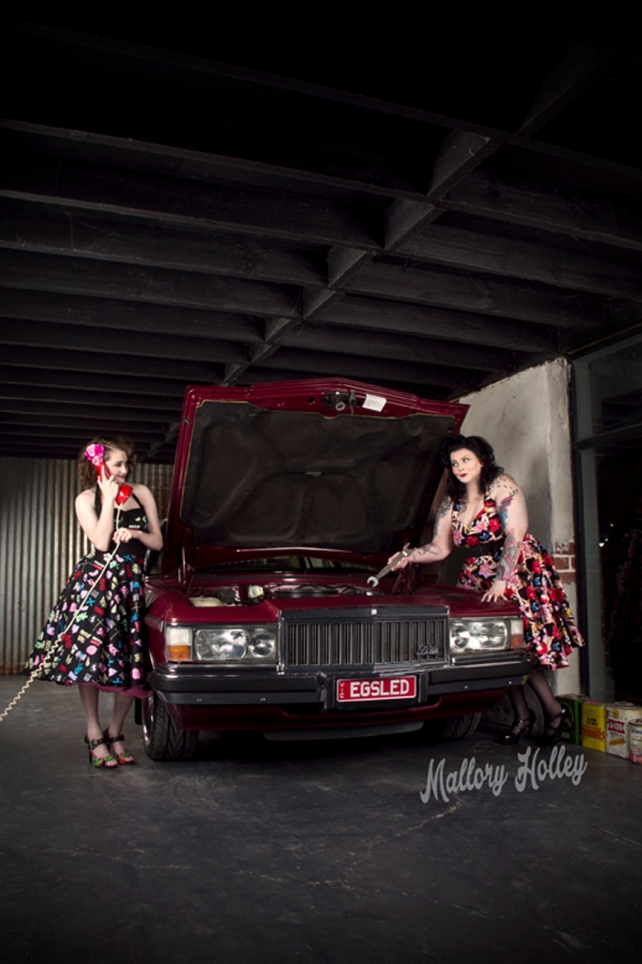 Mother and daughter pinup shoot with WB Statesman